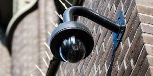 Lee más sobre el artículo Contratación de cámaras de vigilancia para Comunidades de vecinos